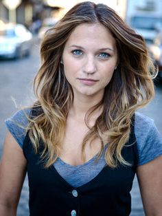 Vanessa Ray - Cece - Pretty Little Liars. menswear inspired looks for women. women's fashion and style Romy Schneider, Vanessa Ray Blue Bloods, Blue Bloods Eddie, Maybelline, Blue Bloods Tv Show, Mascara, Thing 1, Pretty Little Liars, Hair Today