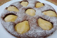 recette sans gluten de gâteau au poire et chocolat poudre d'amande, oeufs, chocolat et poires William.