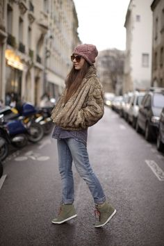 Vintage Fur, H Jeans, Zara Men's Shirt, Nike Dunk Sky High Wedge Sneakers & ASOS Beanie love those shoes! Nike Tights, Nike Heels, Nike Wedges, Nike Boots, Nike Leggings, Nike Sweatshirts, Nike Sweatpants, High Street Fashion, Street Style