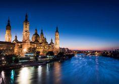 Nuestra Señora del Pilar ZaragozaSpain. #zaragoza #spain #travelgram #traveling #eurotrip #europe #basilica  #europe_vacations #igerstravel #discovereurope #living_europe #ig_europe #eurotravel #church #virgin