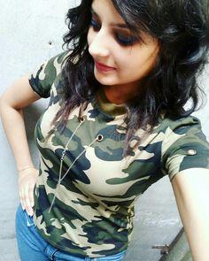 Swag Girl Style, Girl Swag, Pretty Girls, Cute Girls, Amazing Dp, Beautiful Girl Indian, Indian Beauty, Cool Girl, Girl Fashion