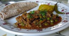 Minced meat and peas curry
