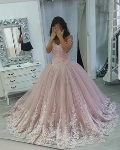 Stylish Lace Appliques Sweetheart Tulle Ball Gowns Quinceanera Dresses, Shop plus-sized prom dresses for curvy figures and plus-size party dresses. Ball gowns for prom in plus sizes and short plus-sized prom dresses for Sweet Sixteen Dresses, Sweet 15 Dresses, Pretty Dresses, Beautiful Dresses, Awesome Dresses, Tulle Ball Gown, Ball Gown Dresses, Prom Dresses, Formal Dresses
