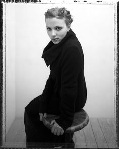 CLM - christian witkin - Scarlett Johansson : Lookbooks - the Technology behind the Talent.