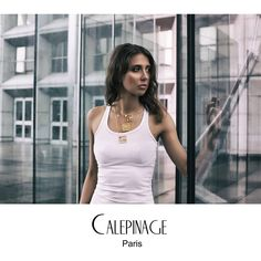 Calepinage is a French brand of a designer who marries at the same time her architect's background and her love for fashion. Meriem Belhadj Vidal draws her inspiration from architecture to develop her first collection: 2D.