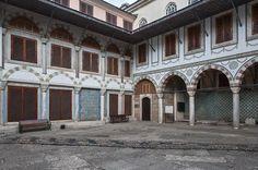 https://flic.kr/p/c1P8jw | _SAL1472 | TOPKAPI PALACE Courtyard of the Queen…