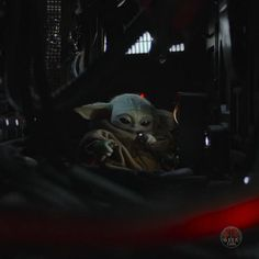 Star Wars Pictures, Star Wars Images, Yoda Images, Cuadros Star Wars, Yoda Funny, Star Wars Jokes, Star Wars Videos, Star Wars Wallpaper, Star Wars Baby