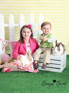 just decided I need some fake grass in my life Photography Studios, Photography Backdrops, Easter Backdrops, Wool Shop, Fake Grass, Artificial Turf, Spring Photos, Digital Backdrops, Booth Ideas