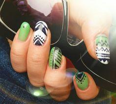 Green ethno nail art