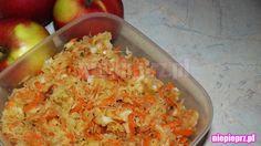 Surówka z kiszonej kapusty Cauliflower, Shrimp, Meat, Vegetables, Food, Cauliflowers, Essen, Vegetable Recipes, Meals