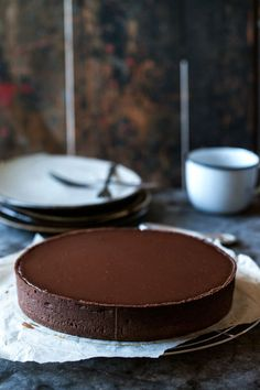 Big big cravings for this chocolate chestnut and caramel pie. It's so incredibly delicious everyone was completely blown away and excited to try this one. Cupcakes, Cupcake Cakes, Just Desserts, Dessert Recipes, Cookie Recipes, Sweet Pie, Eat Dessert First, Chocolate Desserts, Chocolate Cake