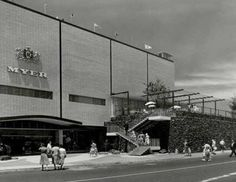 HISTORY: Myer Chadstone in the Behind the rock wall to the right was the entrance to the Chadstone Bowl (bowling alley). This was how it looked when my family lived in Glen Iris Terra Australis, Melbourne House, Melbourne Victoria, St Kilda, Historical Images, Local History, Melbourne Australia, Shopping Center, Best Cities