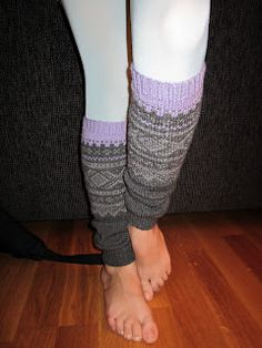 litjjentas lille verden Leg Warmers, Legs, Fashion, Leg Warmers Outfit, Moda, La Mode, Fasion, Fashion Models, Trendy Fashion