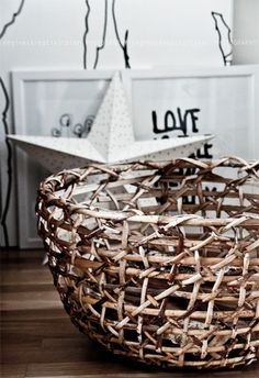 GORGEOUS rustic basket! Regines kreativiteter