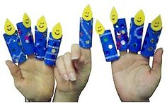 Hanukkah menorah puppets for kids Hanukkah Crafts, Jewish Crafts, Hanukkah Menorah, Holiday Crafts For Kids, Hannukah, Holiday Ideas, Kwanzaa, How To Celebrate Hanukkah, Happy Hanukkah