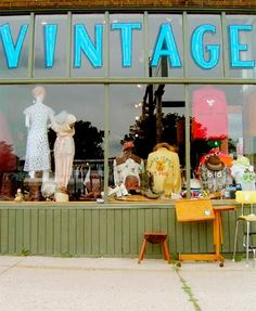vintage shop :)