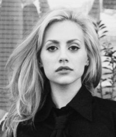 One of the most beautiful faces of Hollywood, Brittany Murphy. Rest in peace.