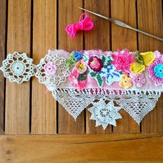 Such a beautiful joyful crochet cuff , great gift for valentines day !