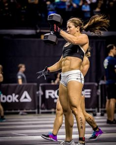 Tia Clair-Toomey, CrossFit Athlete: The Fittest Woman in the World Motivation Crossfit, Crossfit Body, Crossfit Women, Crossfit Ab Workout, Crossfit Chicks, Female Crossfit Athletes, Female Athletes, Nutrition Crossfit, Nutrition Education