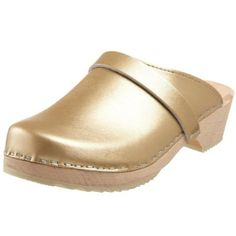 Cape Clogs Women`s Gold - i need them #SY