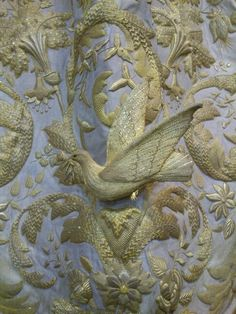 Three-dimensional embroidery with dove