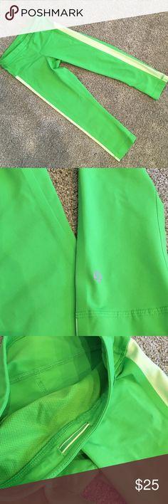 Lululemon green capri leggings size 2 Cute lululemon Capri, size 2, excellent condition lululemon athletica Pants Ankle & Cropped
