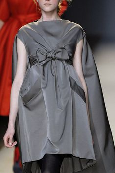 Giambattista Valli at Paris Fashion Week Fall 2007 - Livingly