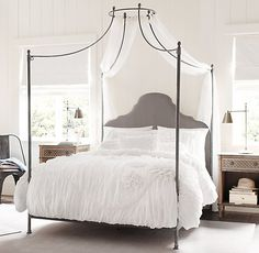 Love this Allegra Iron Canopy Bed from Restoration Hardware! Bedroom Sets, Dream Bedroom, Home Bedroom, Girls Bedroom, Master Bedroom, Bedroom Decor, Iron Canopy Bed, Canopy Beds, Cinderella Room