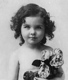 Baby Vivien Leigh.