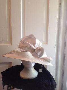 5991e785463 WOMEN LADY WHITE WIDE BRIM CHURCH WEDDING DERBY HAT WITH RHINESTONES