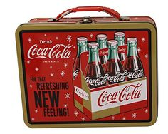 This refreshingly retro lunch box will look great with the rest of your Coca-Cola collectibles! It's steel construction features a great vintage Coca-Cola design and is finished with an easy-grip handle and metal closure latch. Vintage Coca Cola, Coca Cola Ad, Always Coca Cola, World Of Coca Cola, Coca Cola Bottles, Vintage Tins, Vintage Stuff, Retro Lunch Boxes, Tin Lunch Boxes