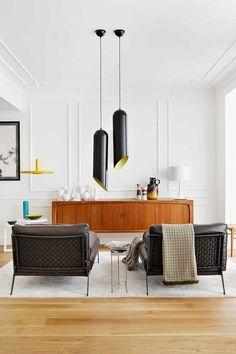 Décor do dia: detalhes coloridos Amarelo na elegante casa espanhola