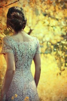 I want my wedding gown to have details like this.