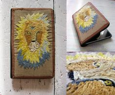 This Lion Crochet iPad Cover or Tablet Case is a unique and original accessory or a cool gift for everybody :)