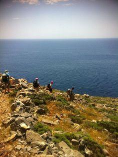 #maifermi Trekking E4 a Creta sulla costa libica. #CalzeGM in perfetta compagnia!