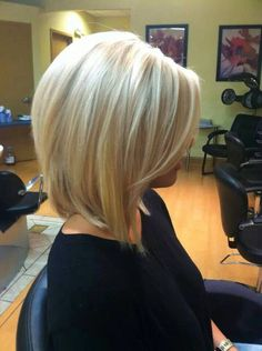 Super blonde long bob. So pretty, maybe I'll try this someday
