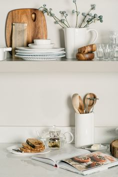 How to Style Kitchen Shelves with Zola and Ginny Branch Kitchen Styling, Kitchen Decor, Kitchen Chairs, Kitchen Tools, Kitchen Ideas, Buffet, Interior Styling, Interior Design, Cuisines Design