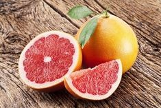 The grapefruit was bred in the century as a cross between a pomelo and an orange. It was given the name grapefruit due to growing . Health Benefits Of Grapefruit, How To Eat Grapefruit, Grapefruit Diet, Broiled Grapefruit, Natural Cleanse, Natural Health, Natural Skin, Limpieza Natural, Liver Detox Cleanse
