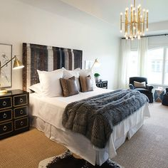 Cozy bedroom with traditional chandelier - selecting the right Farmhouse Light Fixtures, Dining Room Light Fixtures, Living Room Lighting, Grey Carpet Hallway, Beige Carpet, Hall Carpet, Bedroom Photos, Bedroom Layouts, Bedroom Ideas