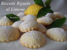 00_biscotti_ripieni_al_limone Baked Potato, Hamburger, Bread, Baking, Fruit, Ethnic Recipes, Desserts, Food, Mini