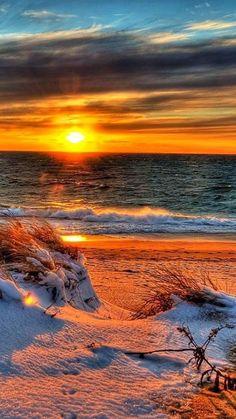 Sunset am Strand Beautiful Sunrise, Beautiful Beaches, Beautiful Landscapes, Beautiful Images, Simply Beautiful, Beautiful Scenery, Foto Picture, Sunset Beach, Sand Beach