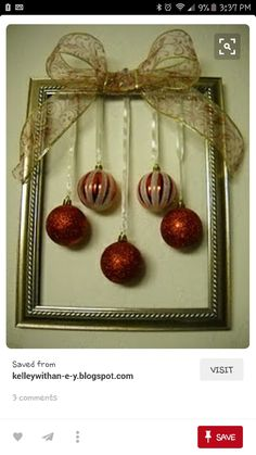 Christmas frames are a must-have this year. Here are 20 ideas to make yours. - Decoration - Tips and Crafts Christmas frames are a must-have this year. Here are 20 ideas to make yours. - Decoration - Tips and Crafts Picture Frame Wreath, Christmas Picture Frames, Picture Frame Crafts, Christmas Love, Christmas Pictures, All Things Christmas, Christmas Holidays, Christmas Wreaths, Christmas Ornaments
