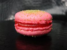 Stawberry + rhubarb macaron Strawberry Rhubarb Crumble, Food Porn, Desserts, Tailgate Desserts, Deserts, Dessert, Food Deserts