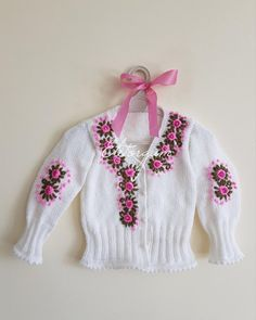 Knit Cardigan, Baby Knitting, Embroidery Designs, Diy And Crafts, Knit Crochet, Cross Stitch, Sweaters, Style, Inspiration