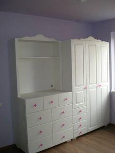 Mobilier la Comanda Sibiu, Firma de constructii Sibiu - StolzBauer.ro Dresser, Closet, Furniture, Home Decor, Powder Room, Armoire, Decoration Home, Room Decor, Stained Dresser