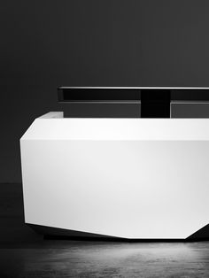 Isomi | Furniture | Products | Fold