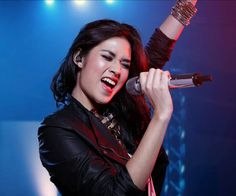 Raisa for Sennheiser Beautiful Chinese Women, Professional Photography, Photography Portfolio, Sweet Girls, Woman Face, Idol, Actresses, Female, Concert