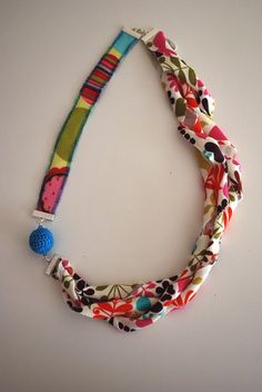 Knit Fabric Necklace - tutorial