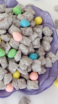 Reese's Easter Egg Puppy Chow now that you've had the reese's pieces eggs. (Can use GF Chex mix) Just Desserts, Delicious Desserts, Dessert Recipes, Yummy Food, Holiday Treats, Holiday Recipes, Yummy Treats, Sweet Treats, Brunch