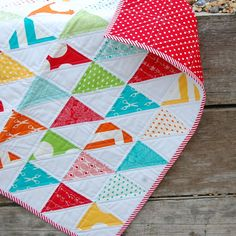 Half-square triangles quilt. Simple but beautiful!!
